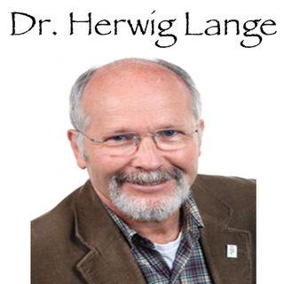Dr. Herwig Lange wendet sich an unsere Patienten and Familien