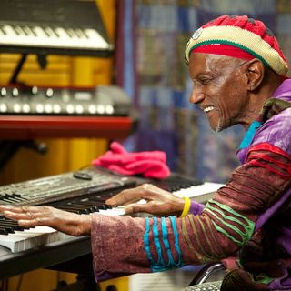Bernie Worrell Flew Back To The Mothership