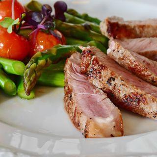 Consommer de la viande, oui, mais comment ?