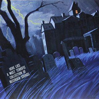 DUG GRAVES HALLOWEEN RADIO SPECIAL - THE HAUNTED HOUSE ON YOUR RADIO SHOW 95.5. FM KCBP