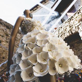 Torna la sfilata di moda ecologica a Frasso Sabino: designer creano dai rifiuti meravigliosi abiti