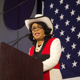 Wayne Says Congresswoman Frederica Wilson Is A Dimwit