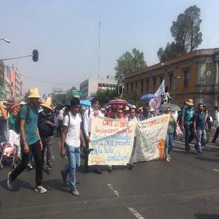 Marcha la CNTE a pesar de contingencia ambiental