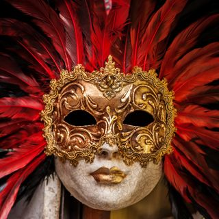 Big Blend Radio: Victoria Chick discusses The Art & Mystery of Masks