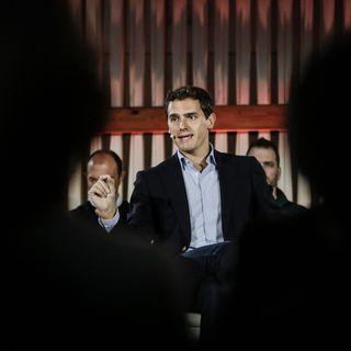 #LaCafeteraCiudadanox .- Del rechazo a negociar a la apertura de contactos. Además ecología con @juralde