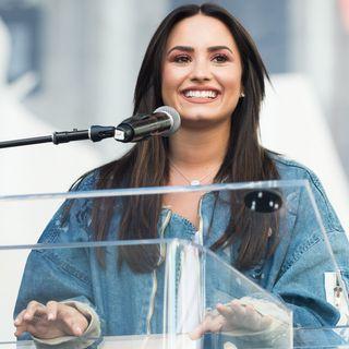 Rhianna FlipFlop Heels collab, Alexander Wang Fashion Week Flub & Demi Lovato Twin Romance