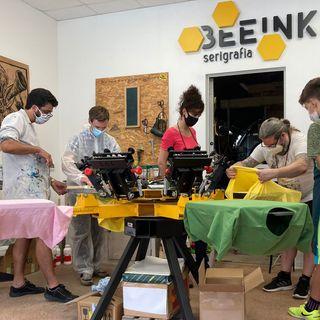 Incontro con Beeink, la serigrafia etica e sostenibile.