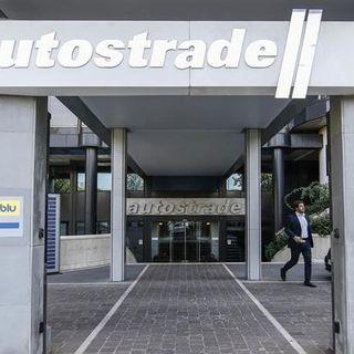 Autostrade, c'è l'accordo: niente revoca ma fuori i Benetton, entra Cdp