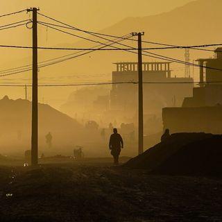 La storia di Saif, salva e ospita tre bambini fuggiti da Kabul