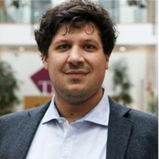 Dr Johannes Lohse on Active vs Passive Risk
