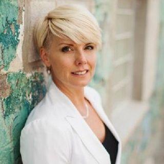 Victoria Baird: Image Branding Expert