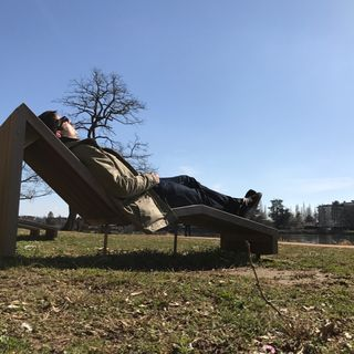 Streetcast #17 : kif sur une chaise longue au soleil