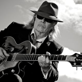 Big Blend Radio: Guitarist Steve Hunter - Before The Lights Go Out