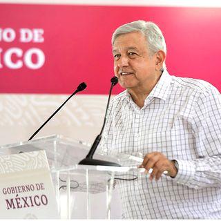 Afirma López Obrador que él no decide quién dirige Morena