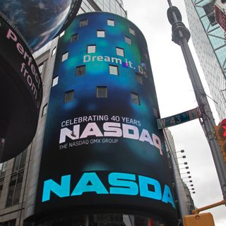 Ep.220  Will ZOOM, quarter earnings push Nasdaq higher today?