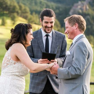 The Life of a Wedding Officiant & How-to Officiate a Wedding Ceremony