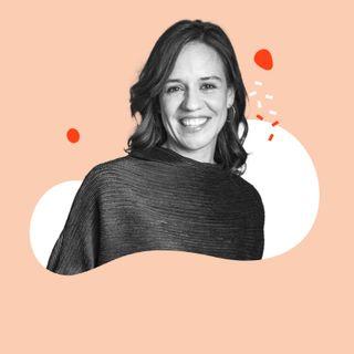 #90 Meditationsforscherin Dr. Britta Hölzel: wie wir durch Achtsamkeitsübungen Stress reduzieren.