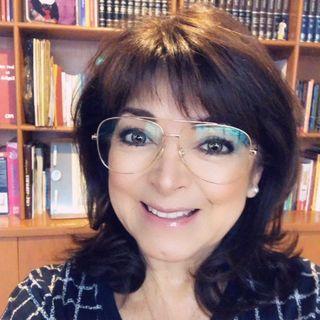 """Mejora tus habilidades de comunicación. Bárbara Tijerina presentó su libro: """"Lenguaje sin Palabras""""."""