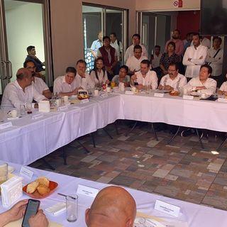 Diputados federales visitan Estación Migratoria Siglo XXI