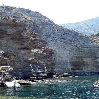 Salina una delle isole Eolie più belle dell'arcipelago