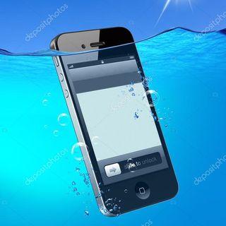 #riva Mi é caduto il telefono in acqua!