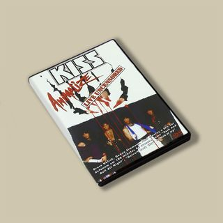 8. [IL DISCO] KISS - Animalize: Kiss Live Uncensored