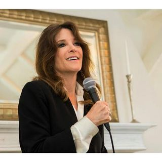 Marianne Williamson Talks Tears to Triumph w/ Sister Jenna on America Meditating