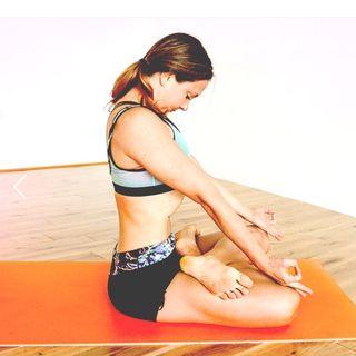 Yoga Sutra Sadhana Pada chanting with Karen (2.1 - 2.10)