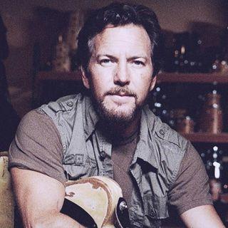 Eddie Vedder pubblica due inediti a favore della ricerca per l'epidermolisi bollosa