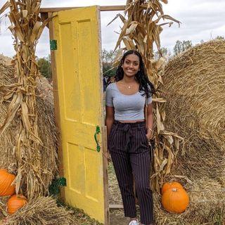 Episode 12 - Vanessa's UC journey nutrition expierence