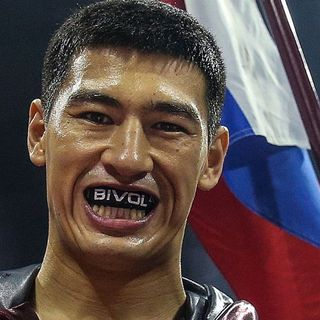 RINGSIDE BOXING SHOW From Russia, with gloves: In depth with Dmitry Bivol