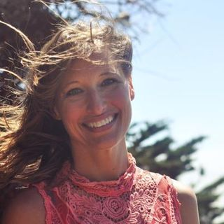 "Interview with Author of ""Ganja Yoga"", Dee Dussault"