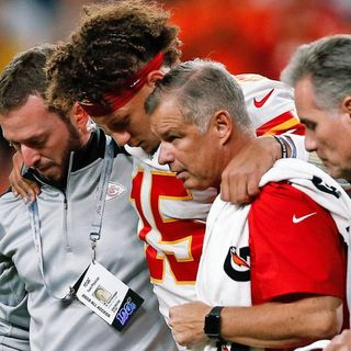 Chiefs Get Throttled For Practicing Mahomes
