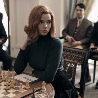 #102: The Queen's Gambit is the Show we Need for 2020 (with Rebecca Lawson) plus The Undoing (with Woods)