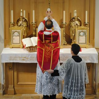 Becoming Catholic: The Mass and More