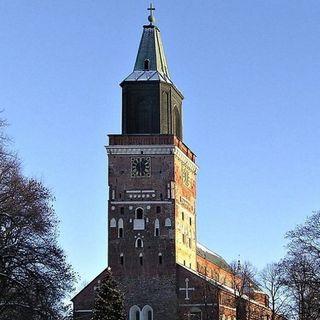 Viaggio in 500 - esilio a piedi e Turku