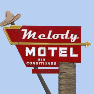 Episode 19: Melody Motel Radio (Memorial Edition)