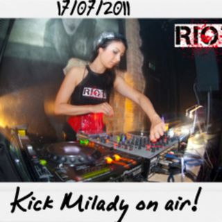 Dance to the radio - Kick Milady on air (17.07.2011)