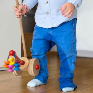 """Mi hijo de tres años se hace pipí en el pantalón porque dice que """"le gusta"""""""