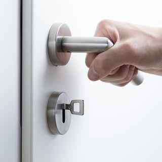 """Aprire porte è una grande impresa"" di Alessio Sartore"