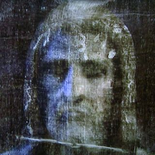 The Shroud of Turin - Official Photographer's Inside Story