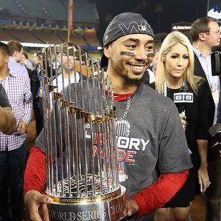 Red Sox Star Mookie Betts Favorite To Win AL MVP Tonight