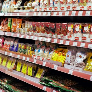 Alex e Miriam lanciano sul web le recensioni video dei prodotti dei supermercati
