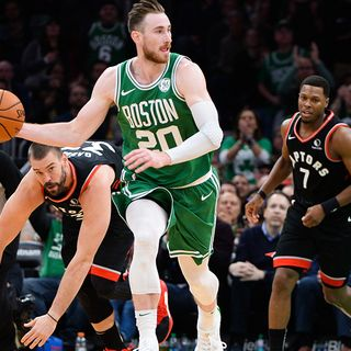 Celtics' Gordon Hayward Out With Hand Fracture