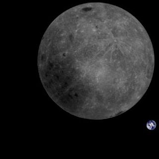 UFO Buster Radio News - 188: Picture of Earth From Darkside of Moon Does Not Look Flat and Legacy Egg Shaped UFOs