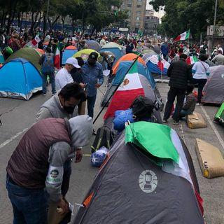 Gobierno capitalino rechaza desalojo de manifestantes en Av Juárez