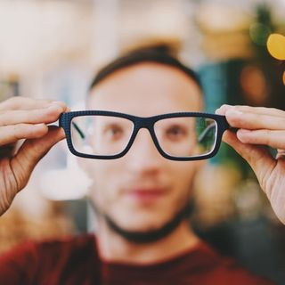 EYE HEALTH ALERT: Before eyeing a new gadget this season, also be mindful of your eyes' health