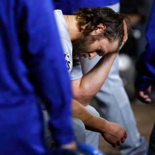 KBR Sports 10-30-17 What's wrong with Clayton Kershaw in the postseason?