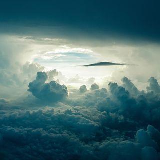 Le nuvole, scrittori fuori dai libri