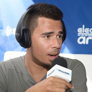 What are Afrojack's pool parties rules?!